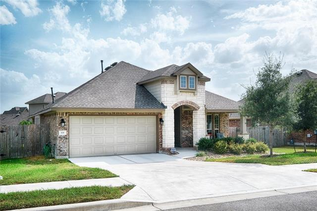 2015 Single Story home with 3 bedrooms, 2 full baths, and an extra office/bonus room. Open floorplan, granite countertops, kitchen island, ceramic tile, covered patio.