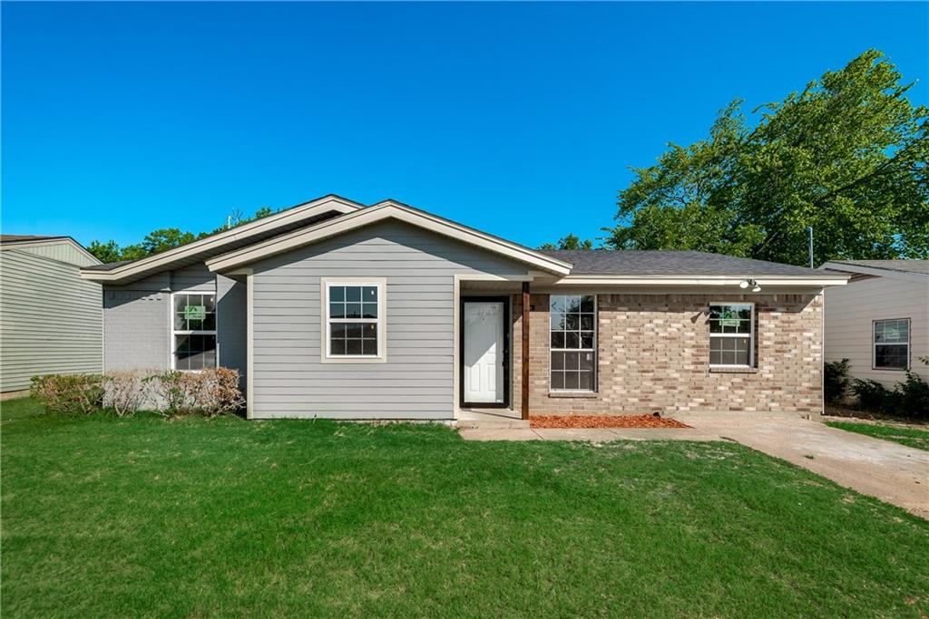 Beautifully remodeled home, granite counter tops, tankless water heater, a must see home that is under 150k!