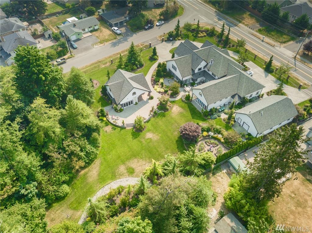 525 143rd St SW, Lynnwood, WA 98087