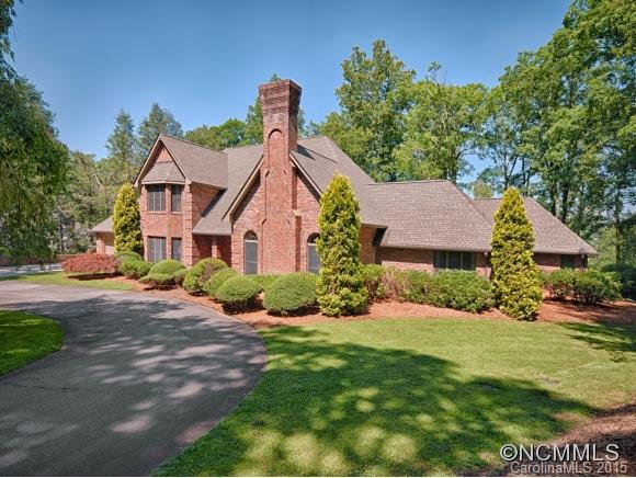 23 EASTWOOD Road, Asheville, NC 28803