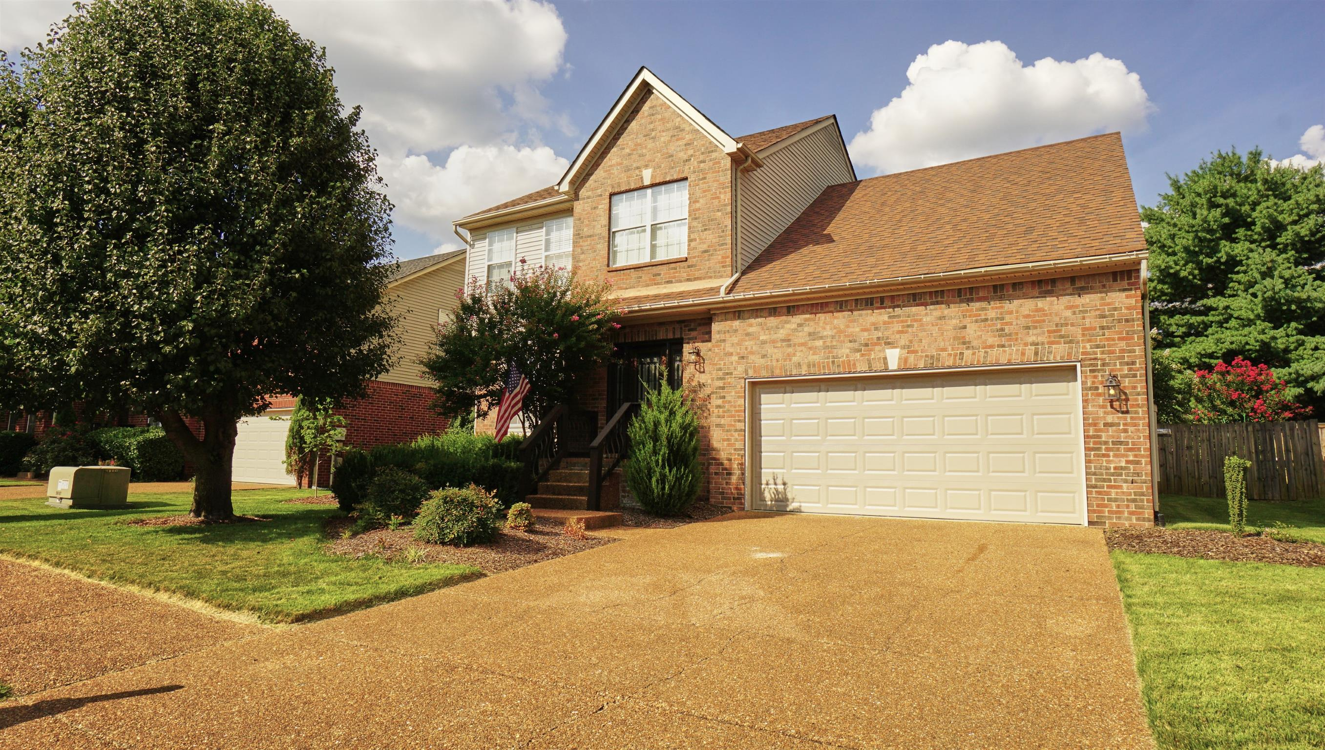 1032 Glastonbury Dr, Franklin, TN 37069