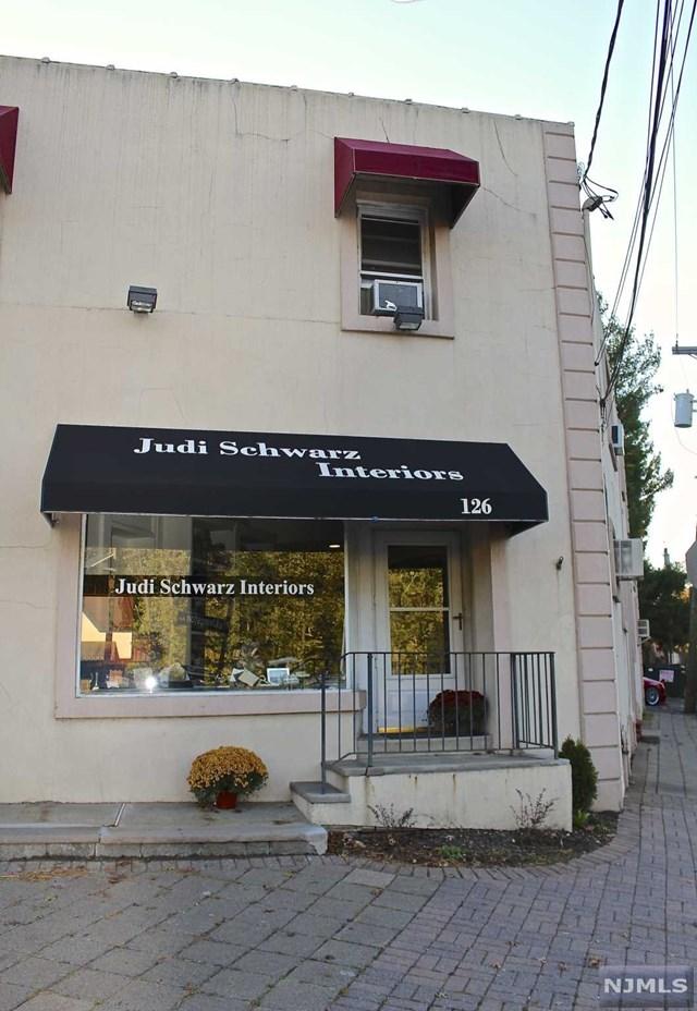 126 S Livingston Avenue, Livingston, NJ 07039