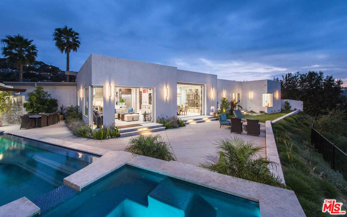 3355 WRIGHTVIEW Place, Studio City, CA 91604