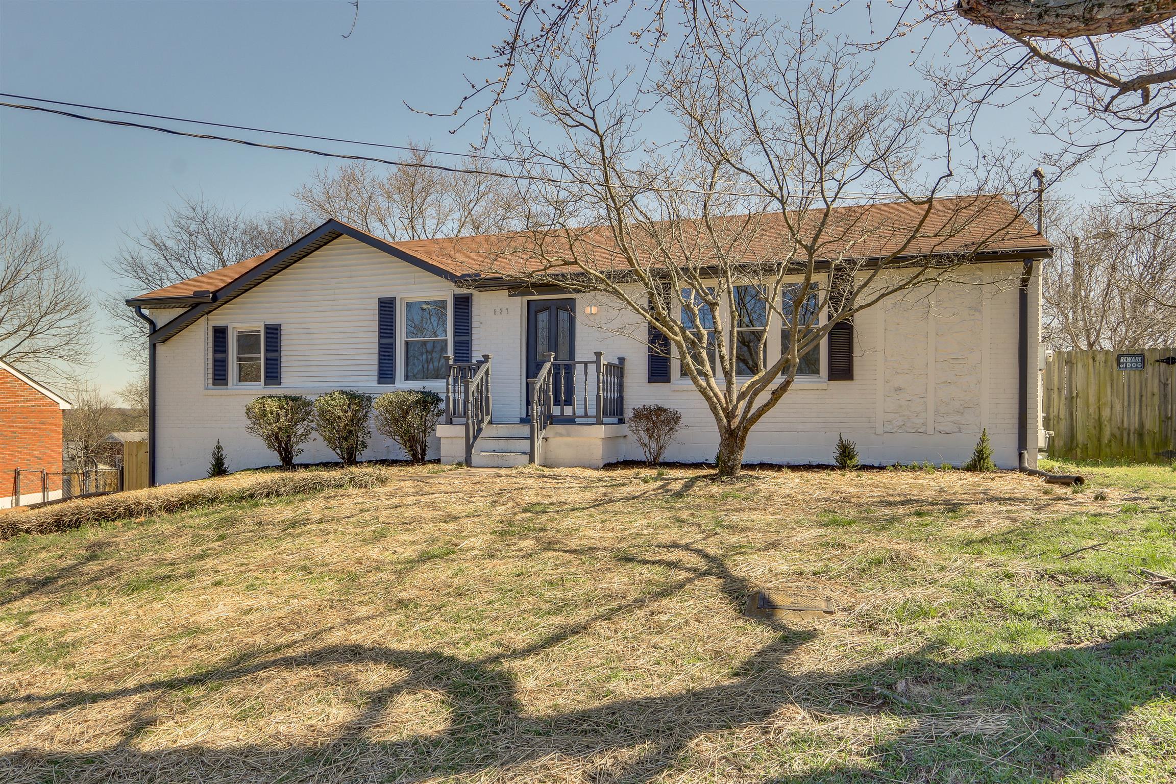 827 Roseview Dr, Nashville, TN 37206