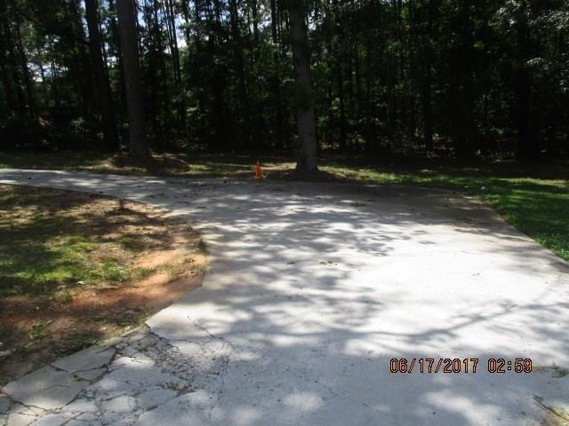 952 SW BOAT ROCK Road, Atlanta, GA 30331