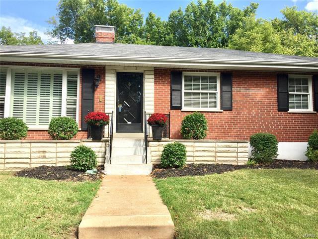 642 Francis Place, Clayton, MO 63105