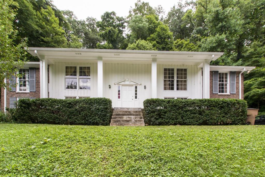6605 Chatsworth Pl, Nashville, TN 37205