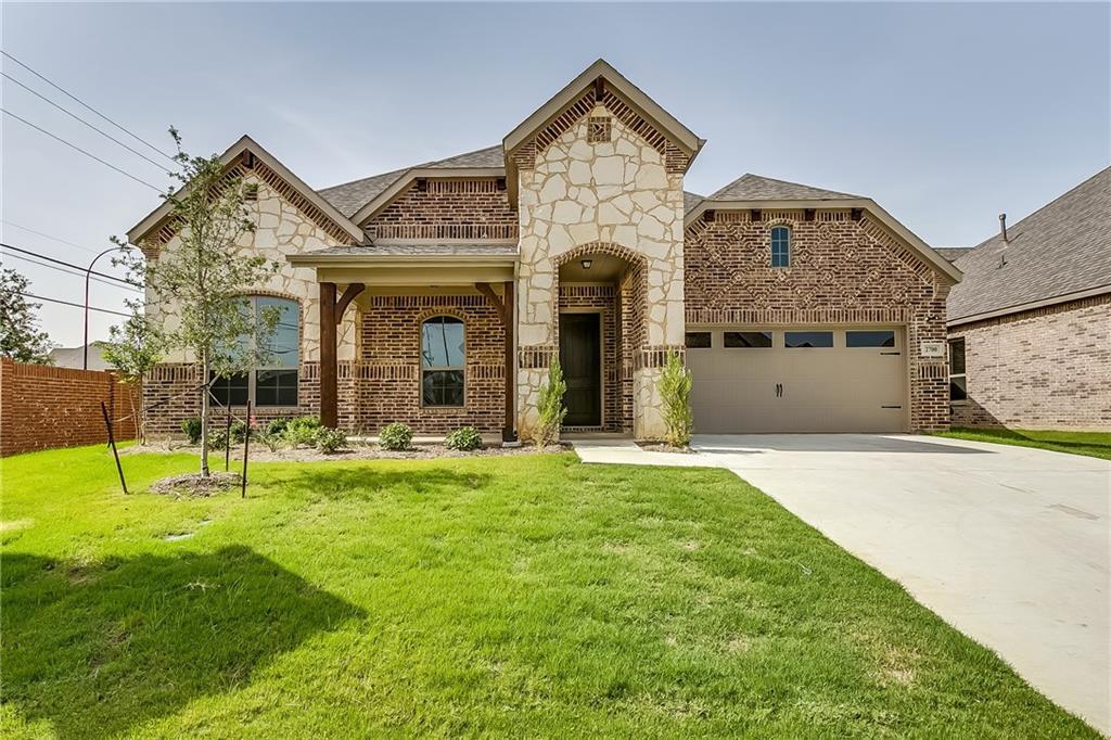 2700 Sky Ridge Drive, Arlington, TX 76001