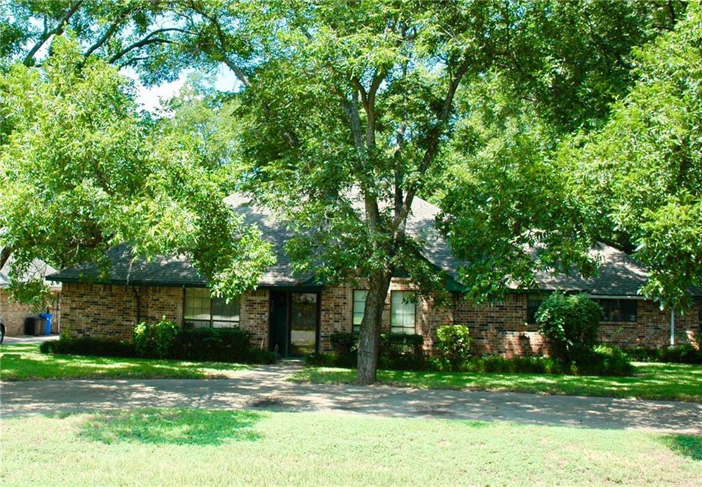 7517 Ravenswood Road, Granbury, TX 76049