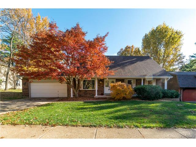 15574 Highcroft Drive, Chesterfield, MO 63017