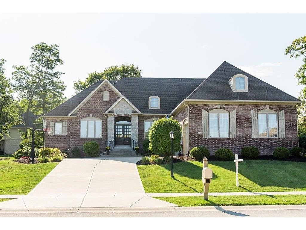 10958 Harbor Bay Drive, Fishers, IN 46040