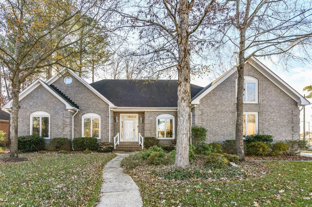 600 Piping Rock DR, Chesapeake, VA 23322