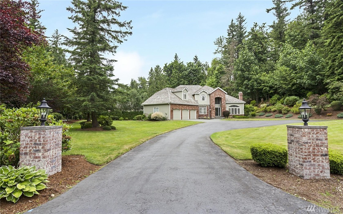 22122 238th Place SE, Maple Valley, WA 98038