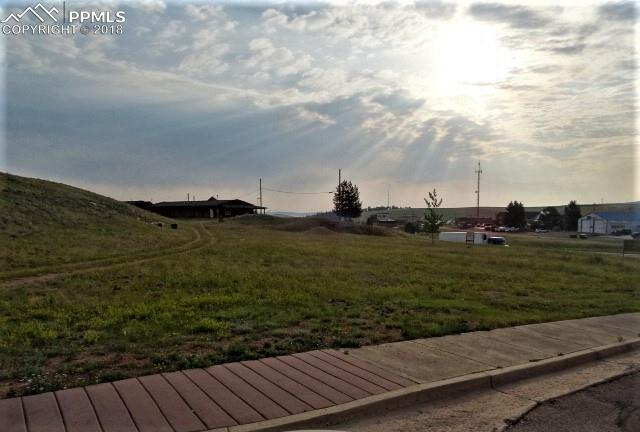 Wonderful Commercial site, right in the heart of Divide. This Commercial Lot has amazing potential, with many possible uses. Fantastic Pikes Peak views, Flat and Usable. Located right off of Highway 24, almost an acre! Zoned C-1, Easy Access, do not miss out on this one!