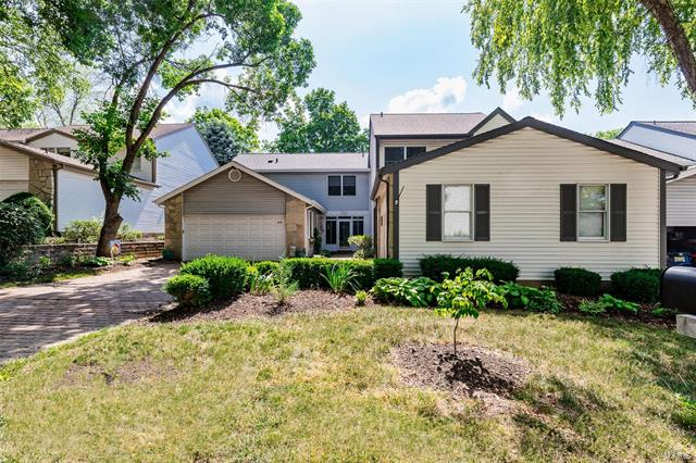 1553 Charlemont Drive, Chesterfield, MO 63017