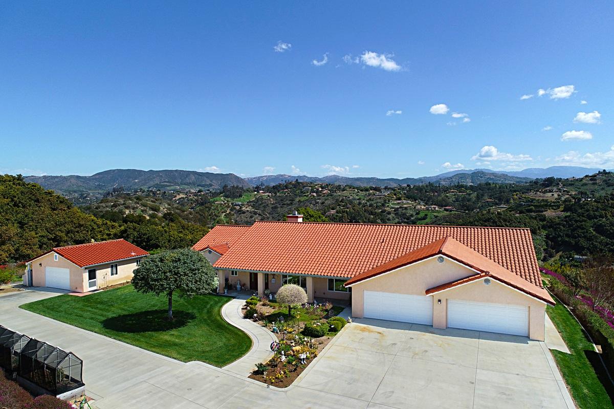 290 Patton Oak Rd, Fallbrook, CA 92028