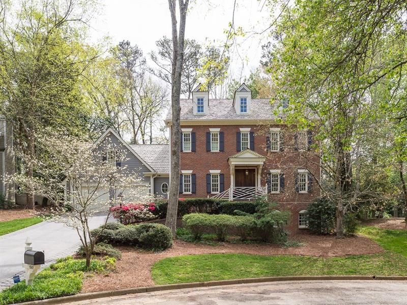 1560 Barrington Court NW, Atlanta, GA 30327