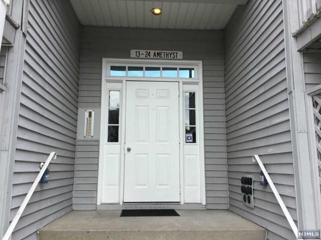 19 Amethyst Lane, Paterson, NJ 07501