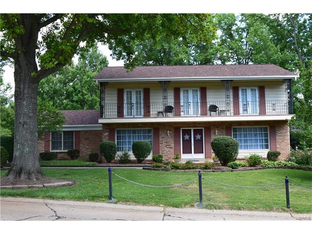 172 High Valley Drive, Chesterfield, MO 63017