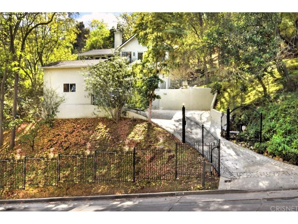 7324 WOODROW WILSON Drive, Hollywood Hills, CA 90046
