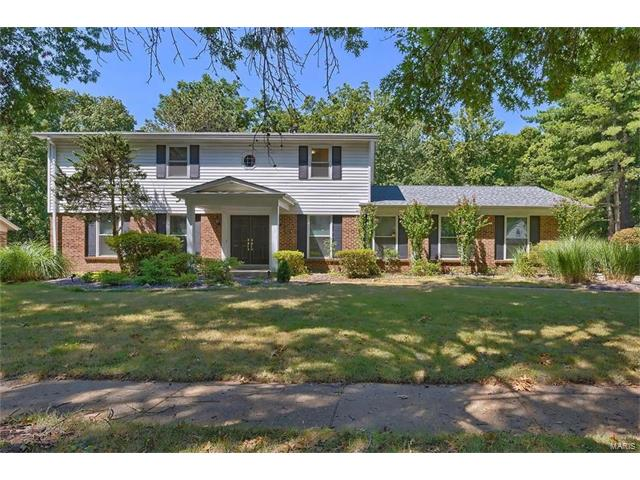 1531 Woodroyal West Drive, Chesterfield, MO 63017
