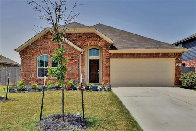 This beautiful home boast AMAZING high ceilings throughout! Very large kitchen includes gorgeous granite with a huge island/breakfast space! A formal dining room with extra high ceilings and nifty cutouts make it unique and an eye catcher! Great privacy with the back neighbor owning a couple of acres and a single family home! THIS HOME IS A MUST SEE!!