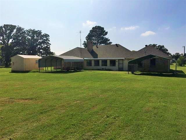 516 County Road 1895, Yantis, TX 75497