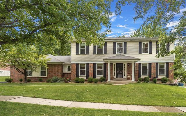 14225 Dinsmoor Drive, Chesterfield, MO 63017