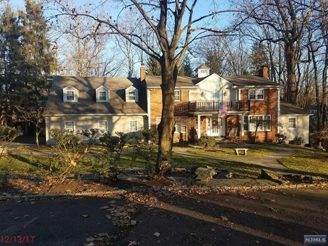 27 Holmehill Lane, Roseland, NJ 07068