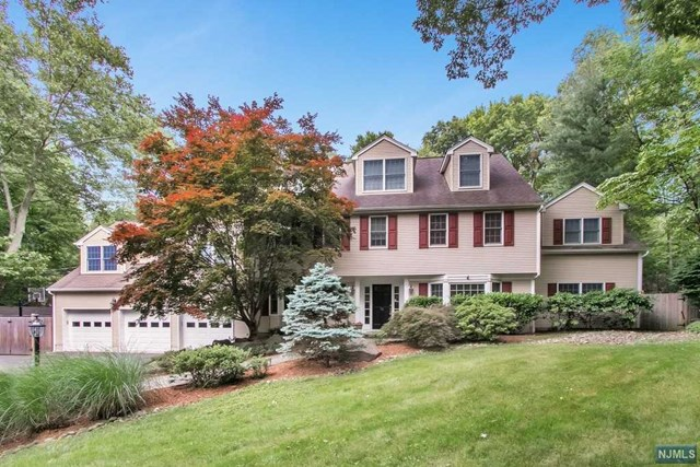 76 Briarwood Avenue, Norwood, NJ 07648