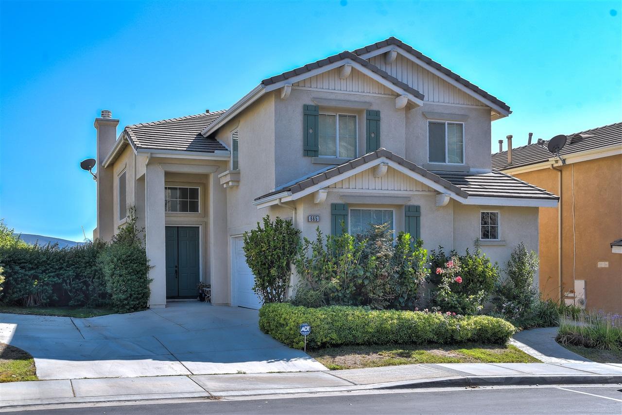 665 Helmsdale, San Marcos, CA 92069