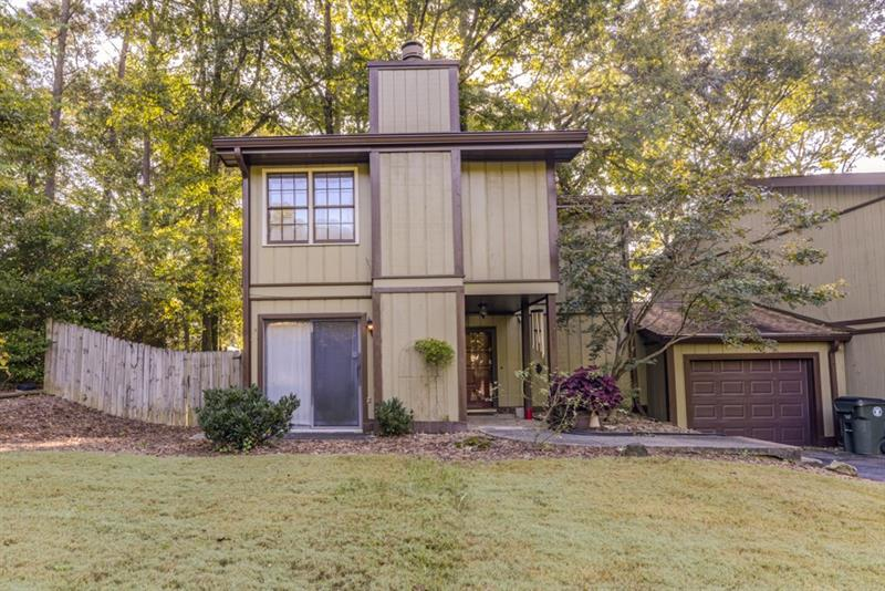 Multiple offers received - HIGHST & BEST due Mon, Oct 16 @ 10AM. Put your stamp on this rare end unit townhome in Chamblee's Meadow Wood community and make it your own! Spacious floor plan, eat-in kitchen, separate dining room, fireplace, large family room, and ample storage! Second floor features all 3 well-sized bedrooms and convenient laundry space. Master suite is a true retreat, with two closets and an ensuite full bathroom!  Ideal outdoor living on your private backyard patio. Convenient location close to interstates, shopping, restaurants, & more!