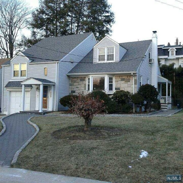 230 Lafayette Avenue, Passaic, NJ 07055