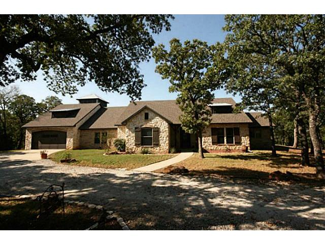 2370 Hemming Road, Valley View, TX 76272