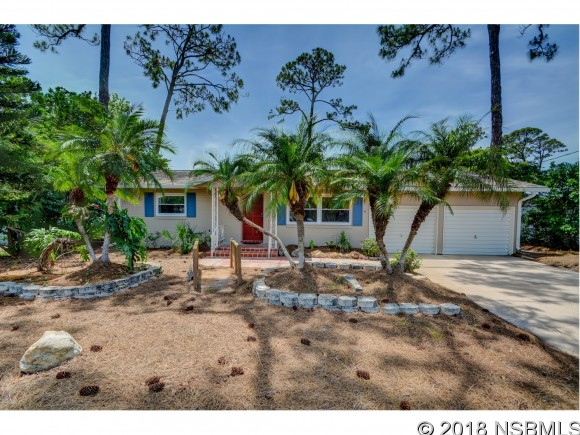 14 Fairway Cir, New Smyrna Beach, FL 32168
