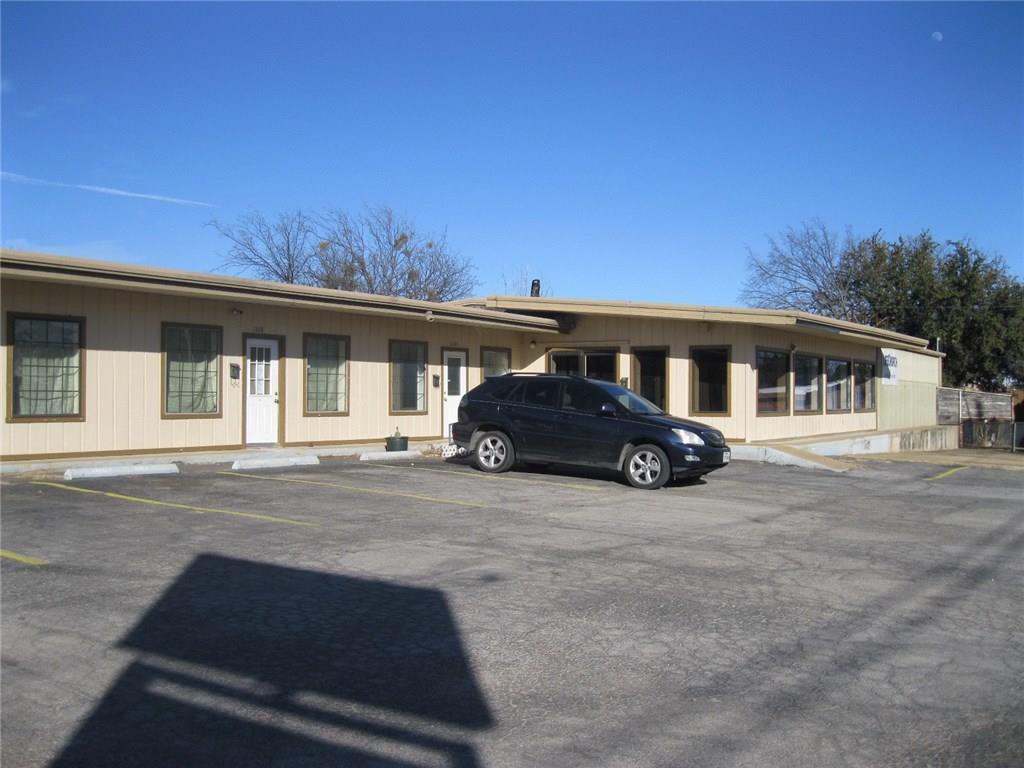 1104 W Walker Street, Breckenridge, TX 76424