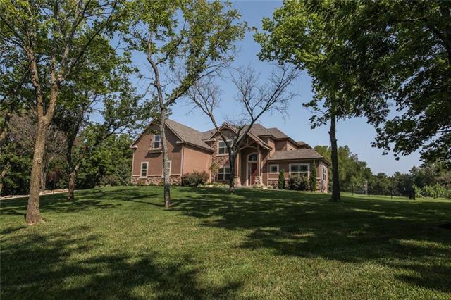 1517 SW Trail Ridge Drive, Blue Springs, MO 64015