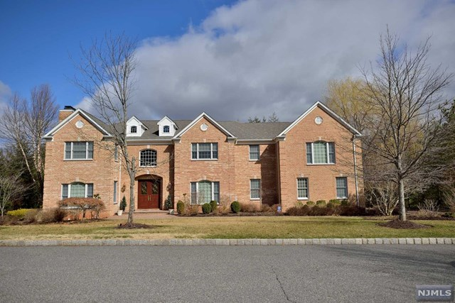 1 Mckittrick Court, Old Tappan, NJ 07675