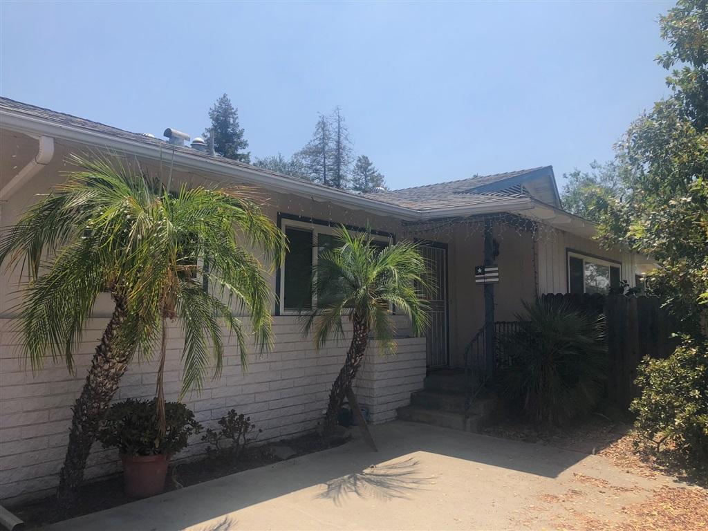 439 Chestnut Lane, Escondido, CA 92025