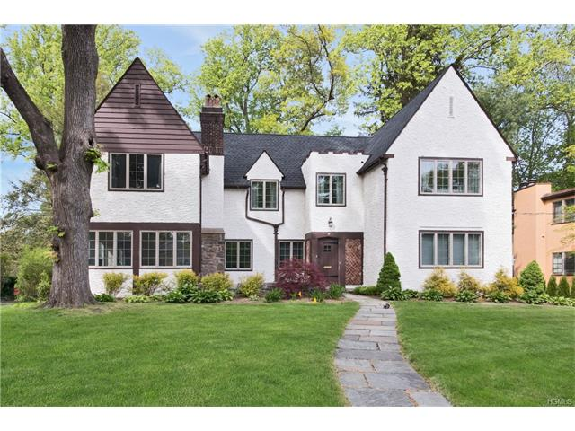 19 Kingston Road, Scarsdale, NY 10583