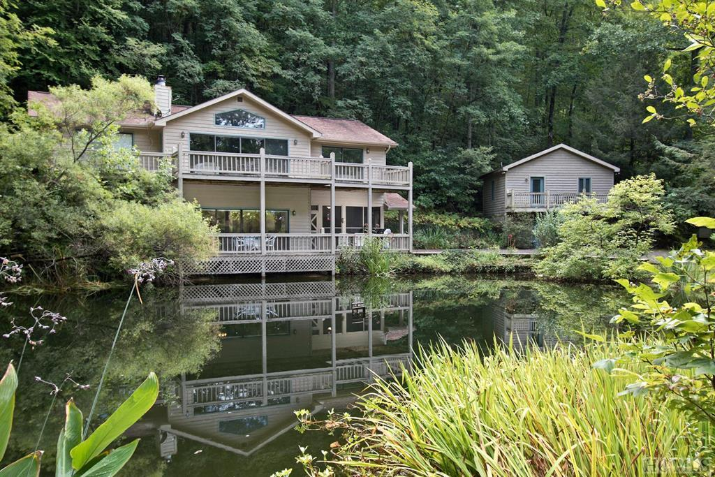 114 Four Ponds, Dillard, GA 30537