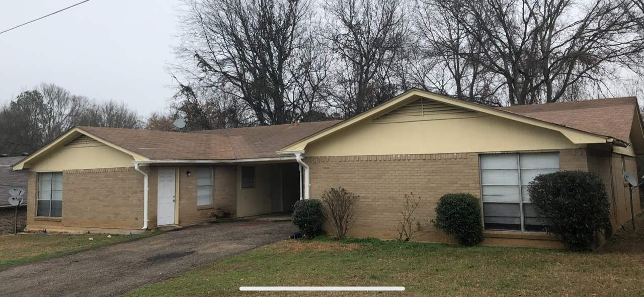 Great Investment Opportunity with both units occupied.  Units are 2 bedroom 1.5 baths with covered parking. Both units have complete new a/c heat systems installed in 2017.  Newer fixtures, ceiling fans and flooring.