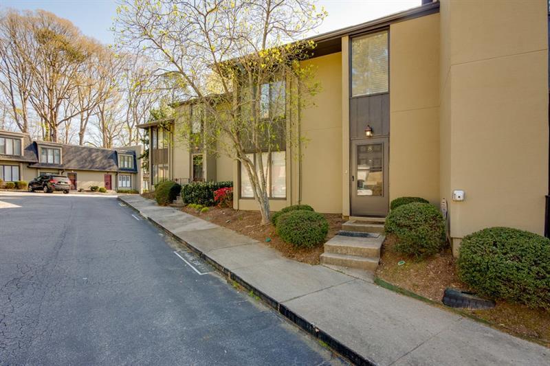 8 Ivy Gates, Atlanta, GA 30342