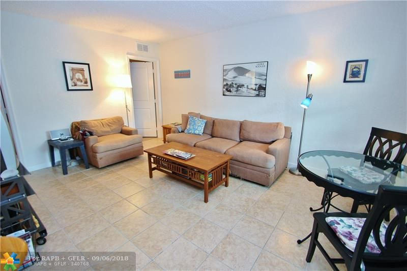 Charming 1st Floor Unit with Private, Lush Tropical Back Yard Area of the Master Bedroom for your Grill & Relaxing.  If your looking for a Getaway Oasis in Wilton Manors, pack your bags and your pet. Light & Bright unit with Open concept Kitchen/Living Area perfect for entertaining friends & family.  Outdoor sitting area in the front as well. Gated Parking directly in front of the unit. Pool just a few doors down. Laundry on property. Minutes to Wilton Drive shopping & Nightlife. Great place to call home