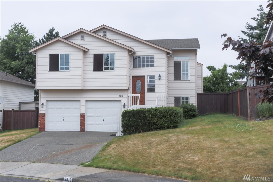 3313 49th St NE, Tacoma, WA 98422