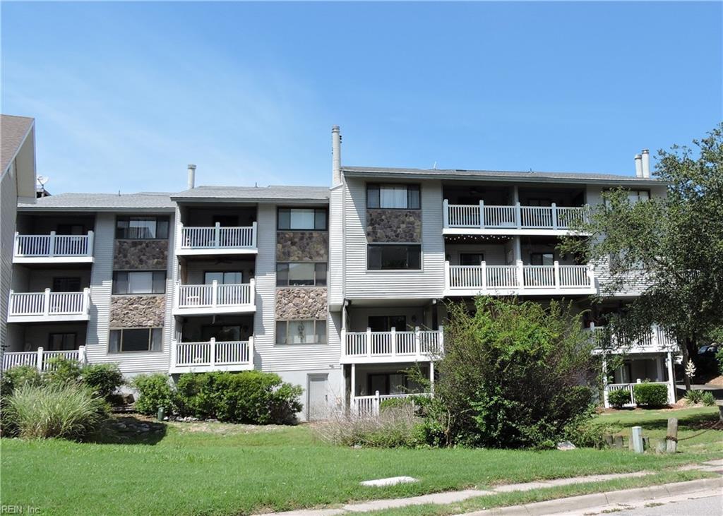 3200 Lynnhaven Drive 104, Virginia Beach, VA 23451