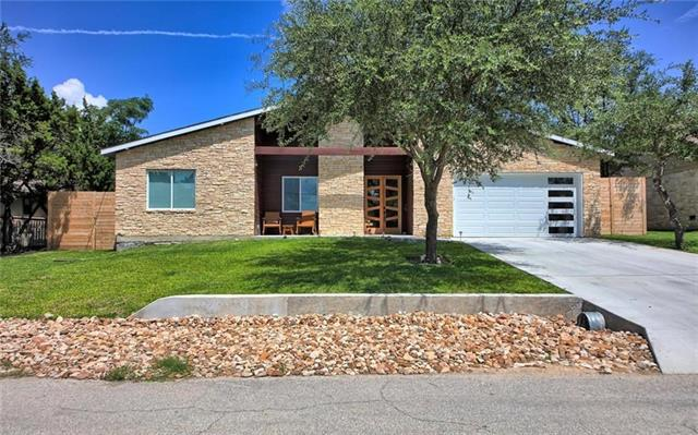 Great, Spacious Custom Home, Built in 2016!! Open Floor plan, epoxy concrete floors!! granite counter tops with white open kitchen, great for entertaining!! A MUST SEE!!  Dont' miss out on this one!! Priced to sell!!