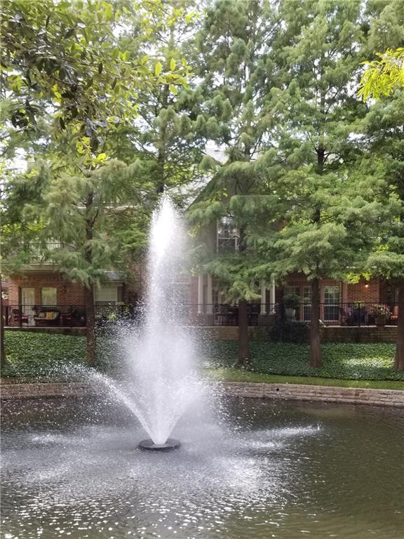 14863 Towne Lake Circle, Addison, TX 75001
