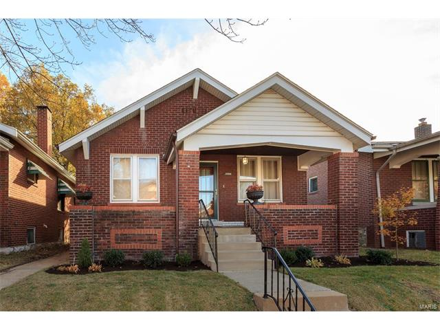 5500 Holly Hills Avenue, St Louis, MO 63109