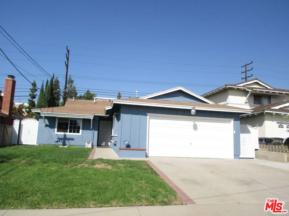 1341 E BANKERS Drive, Carson, CA 90746